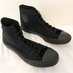 CONVERSE Chuck Taylor All Star All Black High Tops